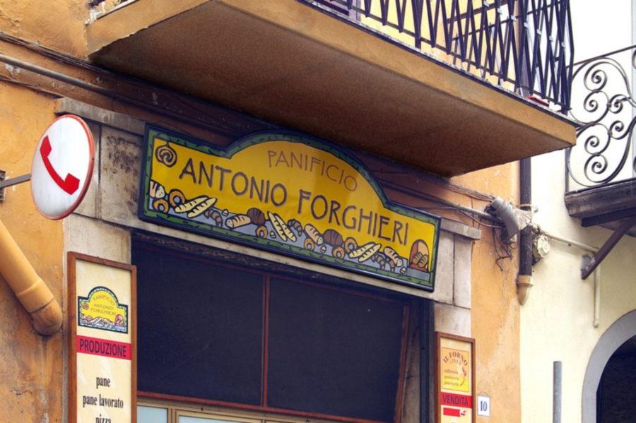 Insegna per Panificio Antonio Forghieri di Monterosi provincia Viterbo realizzata da Insegne Antiche