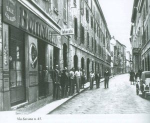 Bottiglieria e Tabacchi - Via Savona