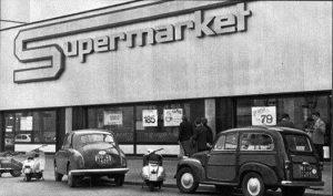 Primo supermercato Esselunga aperto in Italia - Viale Regina Giovanna.