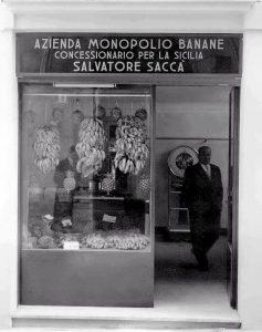 Le banane si vendevano in regime di monopolio - Siracusa - anni '60