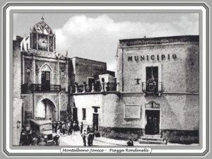 Municipio - Piazza Rondinelli, Montalbano Jonico