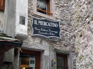 """Insegna per """"il Mercatino"""""""