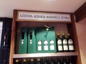 targa per il negozio di alimentari di Osimo